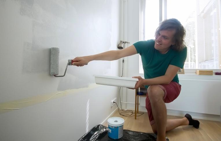 Seinämaalauksen tekeminen